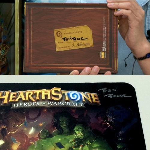 開発者のBen Brode氏のサイン入りノートブックとマウスパッド(これは欲しい!!)